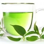 Điều trị da nhờn và mụn với trà xanh
