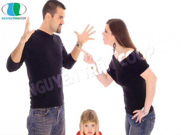 Kiêng cãi vã, nói tục và nói những điều không may