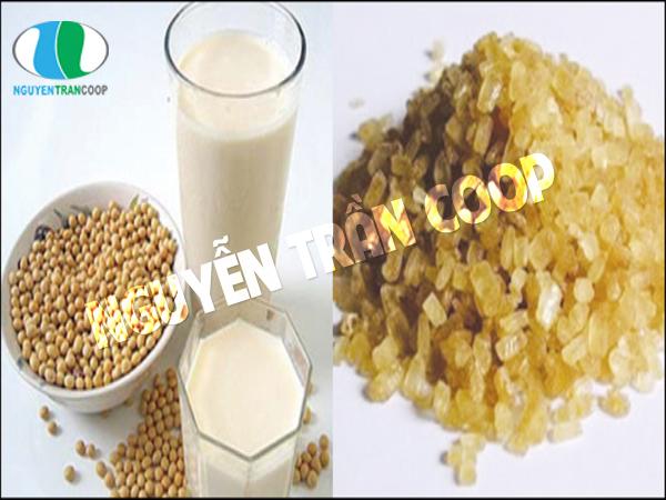 Sữa đậu nành và đường đen mẹ bầu nên tránh dùng chung