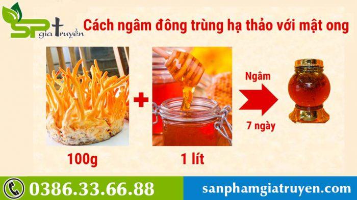 cach-ngam-dong-trung-ha-thao-voi-mat-ong